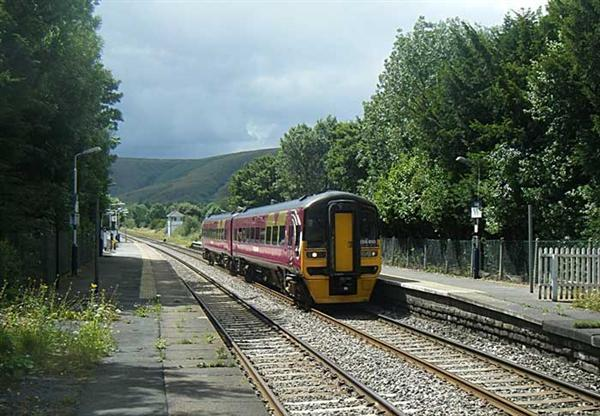 The Hope Valley Line – Sheffield to Edale