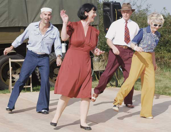 1940s weekend dance routine