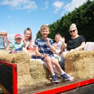 Tractor Run calls at Ludborough station